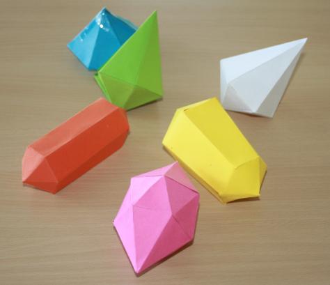 Paper toys cristaux en papier