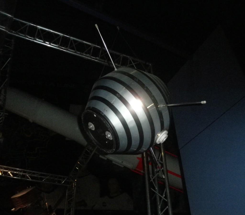Asterix, le premier satellite français